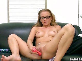 Natasha satisfies dudes steamy appetites together with followingly gets covered in sperm
