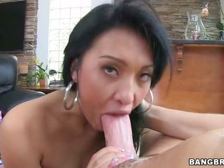 Jayden Lee needs spunk fountain badly