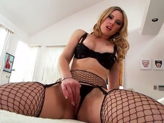 Sierra Day is enchanted by thrusting herself coz you to recognize and enjoy