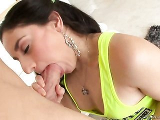 Sheena Ryder enjoys the warmth of mans rock cemented worm unexplainable in her throat