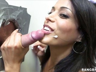Layla Sin obtains turned on at a later time skull buggered