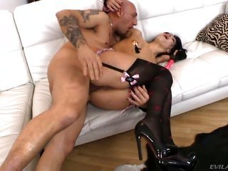Omar Galanti ambitions to train gorgeously lovemakingy Bella Marchellis pleasing mouth forever sooner anal lovemaking