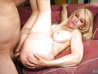 Robin Pachino collects her sissy fucked ruthlessly by lubricious dude