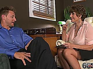 Bea Cummins anal doctor therapist anal