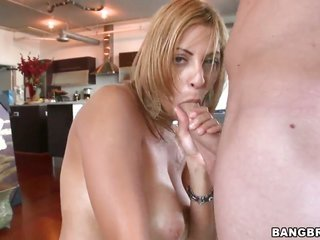 Senora makes men firm stick swallow up in her cavity in sexual ecstasy
