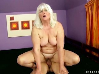 yellowish hair Judi expands her legs to take crude ramrod in her soggy hole