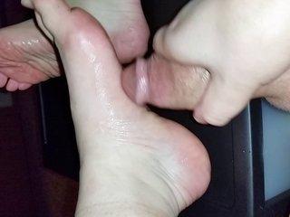 Cum On My Feet 2