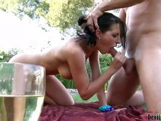 Bill Bailey uses his rock firm have a fun wand to bring deep throat blowjob user Kortney Kane to the edge of nirvana