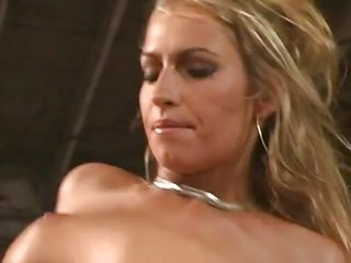Sophie Evans luscious escort